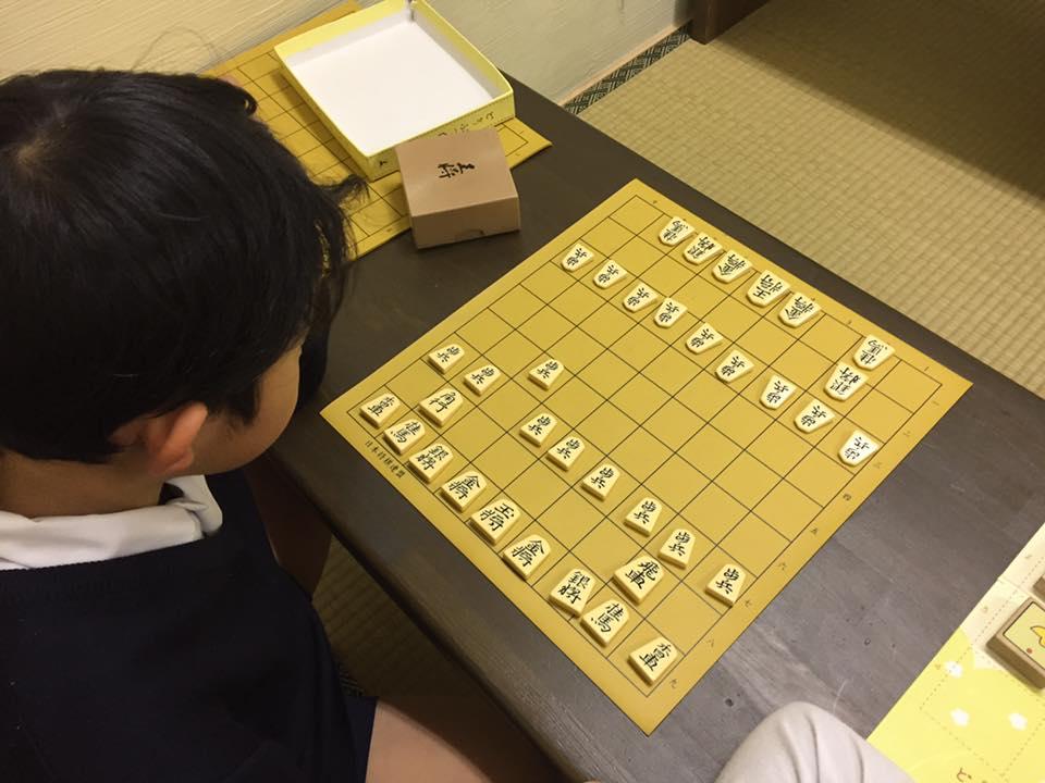 プロを目指して、将棋会館に通っている子もいます。